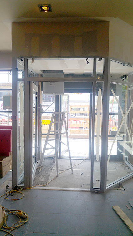 Pizza Hut Finchley Architectural Glazing Systems Abc Doors